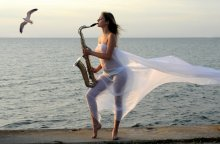 Мелодия / Вечером у моря