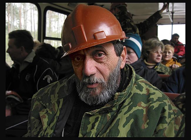 В шахту на лечение / Солигорск. Пациент спелелечебницы, где астму лечат спуском в соляную шахту на глубину 420 метров.