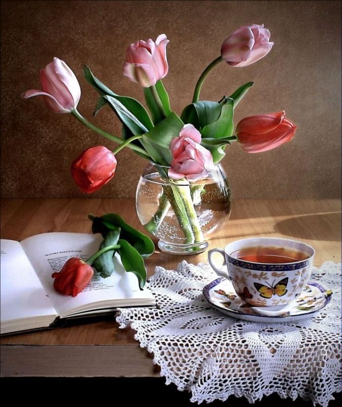 Утренний чай и цветы