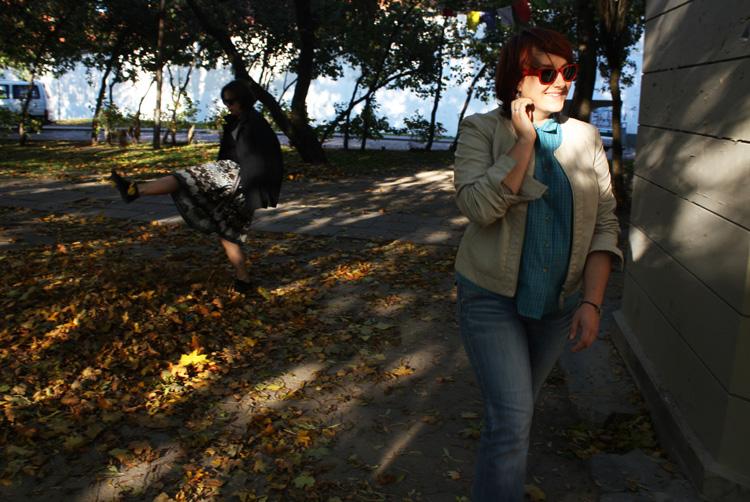 Шуршать листьями вильнюс октябрь 2011