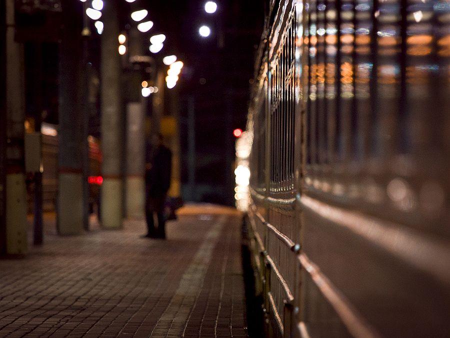Вагонные разговоры, необременительные и необязательные, когда понимаешь, что поезд придет на станцию