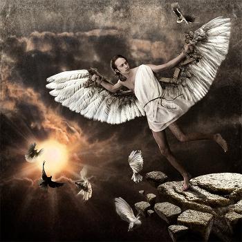 Древнегреческий миф рассказывает об Икаре, который на крыльях изготовленных из перьев, скрепленных воском...